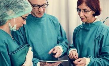 Asociatia Medicilor Crestini din România - Medici